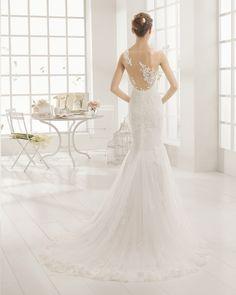 Aire Barcelona 2016 wedding dress Style Music