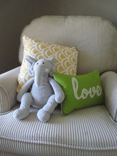 grey yellow green + elephant.....love these three colors together!!!!!