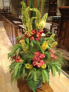 Chancel flowers pulpit side