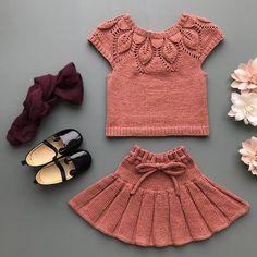 ~ Ella er klar for kusinens 2-årsdag i morgen 🌸 #dahliatopp etter oppskrift fra @leneholmesamsoe og #foldeskjørt etter oppskrift fra… Dahlia, Two Piece Skirt Set, Instagram, Dresses, Fashion, Puppets, Gowns, Vestidos, Moda