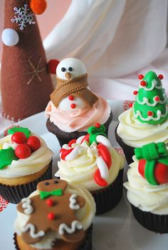 Christmas decorations #cupcakes