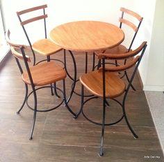 Wrought Iron Chairs, Wrought Iron Decor, Metal Chairs, Iron Furniture, Steel Furniture, Modern Furniture, Furniture Design, Bed Frame Design, Shabby Chic Wallpaper