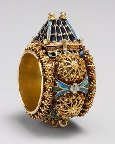 Jewish betrothal ring, ca. century Venice or Eastern Europe Gold, enamel; x cm) Inscribed: MEM and TAV, the Hebrew initials for Mazel Tov Gift of J. Pierpont Morgan, 1917 Metropolitan Museum of Art Jewelry Rings, Jewelry Accessories, Fine Jewelry, Jewelry Design, Gold Jewelry, Jewlery, Antique Rings, Antique Jewelry, Vintage Jewelry