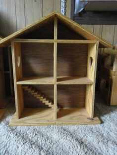 Wooden Toy DOLLS HOUSE Excellent gift for any occasion for any child