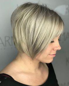 Blonde Ambition  By stylist Racheal Ervans @rachellynne_ ||  . . . . . . #colormekarma #bestof417 #karmahairsalon #springfieldmo #modernsalon #wellaeducation #itsalldowntown #wellahair #417hair #oribe #oribeobsessed #randco #springfieldstylist #springfieldsalon #springfieldmoartists #usmooth #lbp #colorspecialist #nixa #ozark #republic #branson #missouristatebears #pulpriot #americansalon #springfieldmissourihair #licensedtocreate #hairoftheweek #pulpriothair #springfieldmissouri