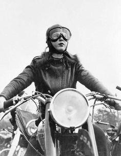 Retro ideas of vintage motorcycle girl - boho, dress, cute, vintage - motorcycle, Blitz Motorcycles, Vintage Motorcycles, Custom Motorcycles, Vintage Biker, Art Vintage, Vintage Man, Vintage Shoes, Vintage Leather, Lady Biker