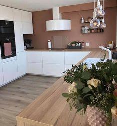Kitchen Dinning, Kitchen Decor, Kitchen Design, Bathroom Interior Design, Kitchen Interior, Minimal House Design, Three Bedroom House Plan, Interior Design Magazine, Home Remodeling