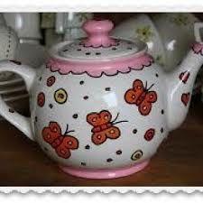 beschilder eens een theepot,  leuk cadeau voor mama of oma!  Gebruik je eigen fantasie...