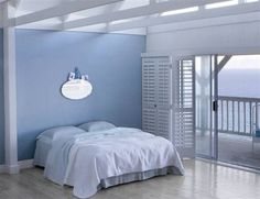 Blue feature walled bedroom