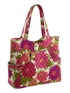 Love the style of the bag......Vera Bradley!