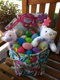 Personalizable Easter Basket...THIRTY-ONE STYLE  www.mythirtyone.c...  order on my Hostess of the Month Event and YOU could win all the hostess rewards!