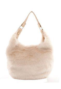 Sac en fausse fourrure, Moa - Cadeaux nude   Nos idées de cadeaux nude pour  Noël 2012 ecb1e6febba
