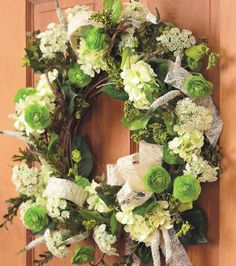 How to Make a Spring Hydrangea Wreath Floral Decoration