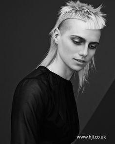 Akin Konizi - British Hairdresser of the Year Nominee serious edgy blonde shaved asymmetric cut Medium Hair Styles, Short Hair Styles, Avant Garde Hair, Pelo Pixie, Look Man, Editorial Hair, Creative Hairstyles, Grunge Hair, Crazy Hair