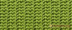 Видео урок для начинающих по вязанию спицами ажурной резинки.