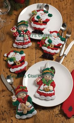 Bucilla Felt Applique Kit Santa and Mrs Claus Silverware Holder 86310 Sale… Felt Christmas Ornaments, Christmas Table Decorations, Christmas Stockings, Santa Ornaments, Felt Crafts, Holiday Crafts, All Things Christmas, Christmas Holidays, Silverware Holder