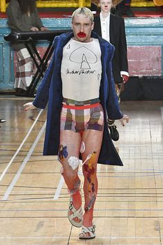 Vivienne Westwood Spring 2018 Menswear Collection - Fashion Unfiltered
