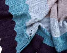 Hayley's Comet Shawl - Plucky Knitter | Red Pepper Quilts 2015