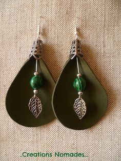 Boucles d'oreille cuir nature – Arum Cuir Vert et Pierres Malachite – : Bouc… Nature leather earrings – Arum Green leather and Malachite stones -: Earrings by creations-nomades Diy Leather Earrings, Leather Jewelry, Beaded Earrings, Earrings Handmade, Beaded Jewelry, Hoop Earrings, Crea Cuir, Homemade Jewelry, Bijoux Diy