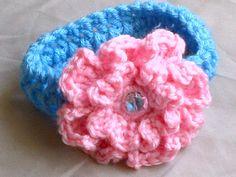 Custom baby headband by Blankee Kreations.