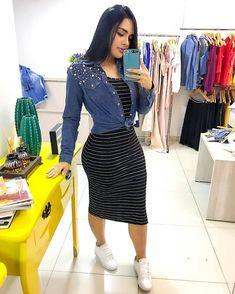 Long Skirt Fashion, Modest Fashion, Fashion Outfits, Womens Fashion, Modest Wear, Modest Outfits, Skirt Outfits, Cute Comfy Outfits, Trendy Outfits