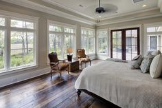 Country master bedroom master bedrooms and architects on for Visbeen architects georgetown