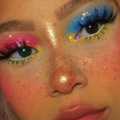 Cute Makeup Looks, Makeup Eye Looks, Eye Makeup Art, Colorful Eye Makeup, Pretty Makeup, Arabic Makeup, Bright Makeup, Indian Makeup, Maquillage On Fleek
