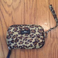 Cheeta scout wristlet Great condition, used a few times Scout Bags Clutches & Wristlets