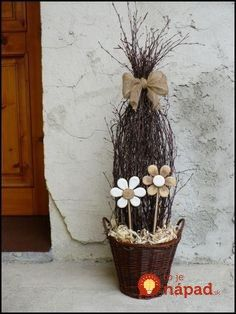 Deco Floral, Arte Floral, Wood Crafts, Diy And Crafts, Nature Decor, Spring Crafts, Real Flowers, Easter Crafts, Flower Pots