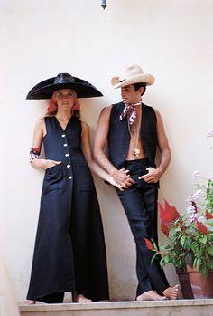 George Hamilton and Alana Collins in Capri. From Slim Aarons' 'La Dolce Vita.'