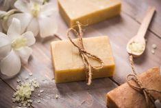 8 Tipps für Kernseife - Altes Hausmittel neu entdeckt Baby Boomer, Cheese, Food, Lifestyle, Soft Soap, Home Remedies, Health And Wellbeing, Healing, Food Items