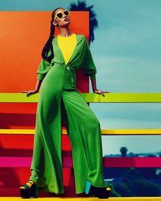 54 Ideas For Fashion Photography Editorial Ideas Pop Art Fashion Colours, Colorful Fashion, Trendy Fashion, High Fashion, Pop Art Fashion, Foto Fashion, Fashion Design, Fashion Vintage, Fashion Photography Inspiration