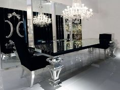My kings table, Black Mirrored Dining Room Table