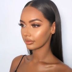 Natural Makeup For Black Women caitlinanneduffx Dark Blue Makeup Black caitlinanneduffx Makeup Natural Women Bronze Makeup Look, Makeup Black, Dark Skin Makeup, Nude Makeup, Golden Makeup, Black Bridal Makeup, Glow Makeup, Glam Makeup Look, Makeup Style