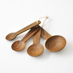neëst / chabatree - teak + leather measuring spoons