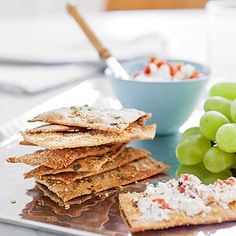 These easy homemade Sesame Herb Crackers make a great lunchbox addition, along with your kids favorite dips! #BacktoSchoolFood @FamilyFun magazine