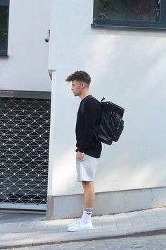 Vans Sneakers, Adidas Socks, H&M Shorts, H&M Sweater, Asos Bag