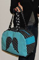 Sew a bowling bag Diy Bags Purses, Diy Purse, Clutch Purse, Sacs Tote Bags, Sac Week End, Diy Sac, Bowling Bags, Couture Sewing, Bag Patterns To Sew