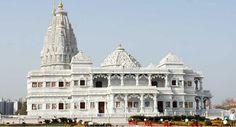 Famous Krishna temples across India    రాధకు ప్రేమికుడిగా, ప్రపంచానికి గీతాసారాన్ని బోధించిన గురువుగా.. ఎన్నో రూపాల్లో దర్శనమిచ్చిన ఆ మువ్వగోపాలుడి పుట్టినరోజు సందర్భంగా దేశమంతా కొలువై ఉన్న శ్రీకృష్ణ మందిరాలపై ప్రత్యేక కథనం మీకోసం...http://bit.ly/2c621dV    #LordKrishna #Kirshnashtami #Puri #Guruvayur #VasundharaKutumbam