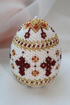 Яйцо пасхальное красное