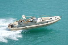 Discovering The Perfect Used Boat – The Towing Guide Riva Boat, Yacht Boat, Pontoon Boat, Sailing Boat, Yacht Design, Boat Design, Rib Boats For Sale, Bass Fishing, Fishing Boats