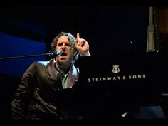 ▶ Chilly Gonzales live in Graz (2013) - YouTube