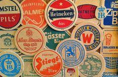 ... Vintage Cards, Vintage Images, Man Cave Ceiling Ideas, Bbq Bar, Barris, Bar Coasters, Beer Mats, Flea Market Style, Heineken