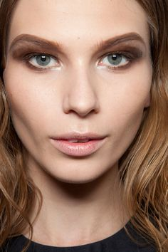 Cushnie et Ochs Fall 2012. http://votetrends.com/polls/369/share #makeup #beauty #runway #backstage
