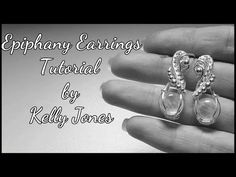 Hello and welcome to my latest tutorial. This time I have a cute earrings tutorial for you guys. To make these earrings you will need. Wire Wrapped Earrings, Wire Earrings, Wire Jewelry, Wire Tutorials, Jewelry Making Tutorials, Craft Tutorials, Wire Wrapping Tutorial, Micro Macramé, Earring Tutorial