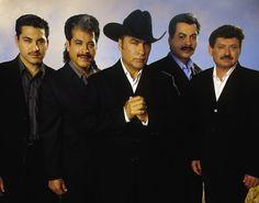 NARCOCORRIDO, LA BALADA POR LA DROGA. Del corrido al movimiento alterado. Por Paul Medrano. http://revistareplicante.com/narcocorrido-la-balada-por-la-droga/