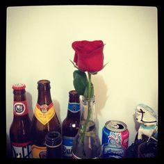 latas  e garrafas para decoração