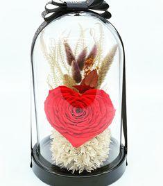 #heartrose #redroses #loveroses #justforyou #justflowerch #floraldesign #floralaccessories #surprise #love Red Roses, Floral Design, Just For You, Instagram, Floral Patterns