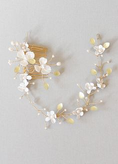 Leaf and flower crown, Bridal Headpiece,  Unique and intricate vintage flower tiara make a romantic and unforgettable addition to any bridal look.