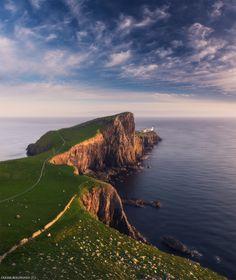 Neist Point, Skye island, Scotland by Daniel Korzhonov